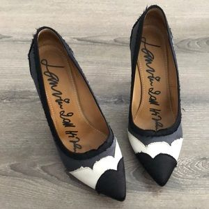 Like 🆕 Lanvin satin pumps